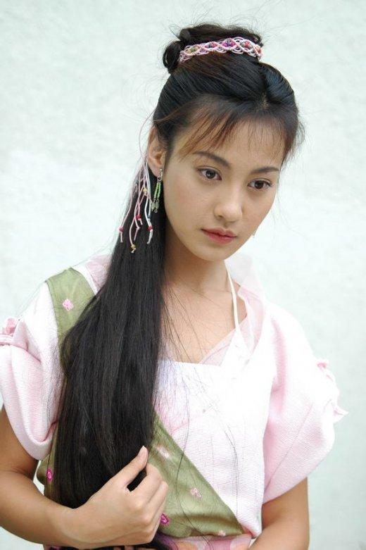 杨幂 杨雪/李嘉欣赵雅芝朱茵 古装现代装造型都绝美的女星