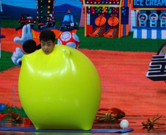 魔术气球造型米老鼠制作步骤图