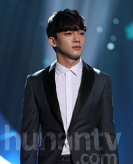 CHEN张力尹献唱新歌《呼吸》