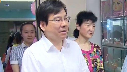 """国际护士节:湖南卫生厅长为护士""""代言"""""""