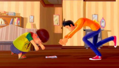 """俩熊孩子为抢遥控器""""超能力""""跳楼"""