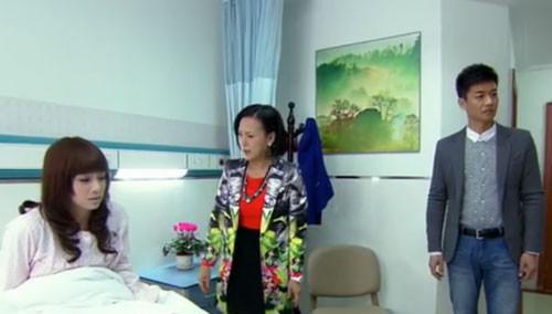 自杀未遂容颜损 杨兰决意同嘉诚离婚